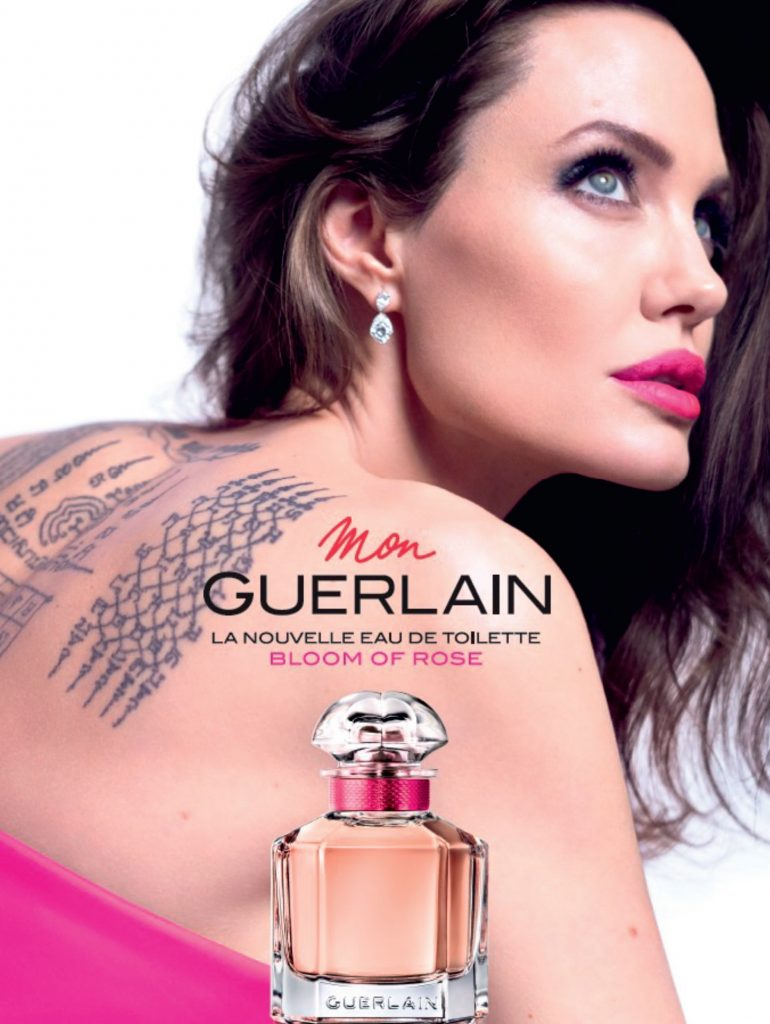Angelina Jolie tváří kampaně Mon Guerlain Bloom of Rose (2019).